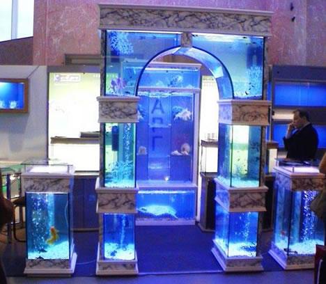 10 Cool Unusual Aquariums Glass Fish Tanks